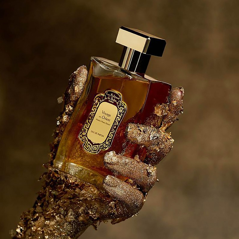 Perfume - Amber musk sandalwood